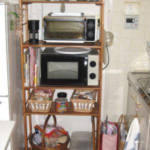 ●キッチンの棚をスッキリさせて使いやすくするぞ!