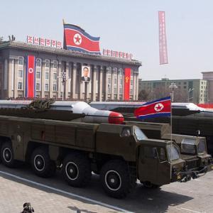北朝鮮、米に乗るなら何が起こるか分からないと韓国に警告 クリスマスプレゼントは発射せず