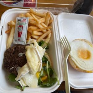 東京五輪メディアセンターで1600円のごみ弁当を販売 ゴム肉と冷えたパンでおもてなし