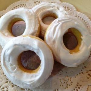 粉生地を1度茹でてから、オープンで乾かした硬い菓子。