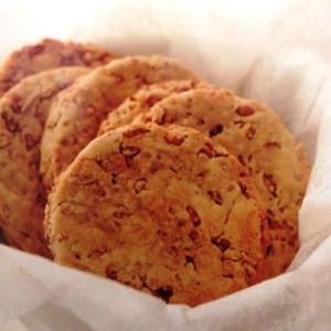 玄米を炒ったものをクッキーに~