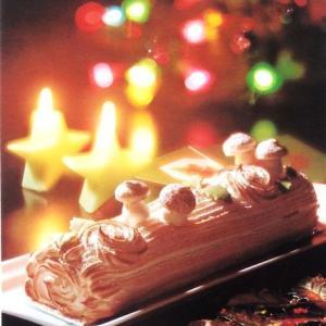 クリスマスケーキ~切り株のケーキ??