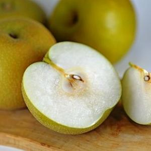 幸水・豊水・新水は梨の「三水」と呼ばれる・・赤なしde