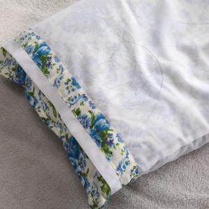 ダニ捕りロボは枕のダニ対策にも使える!意外と知らない枕に潜むダニの被害とは?