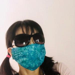 今日はこのマスクで御散歩