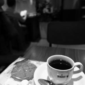 カフェでひと息。