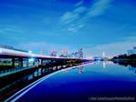 京浜運河と東京モノレール夜景(東京都品川区勝島)