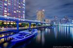芝浦西運河と東京モノレールの光跡(東京都港区芝浦)