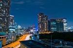 首都高光跡と汐留夜景(東京都港区海岸)