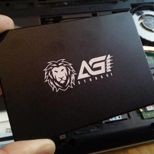 SSDで古いパソコンを高速化!富士通 LIFEBOOK AH53/M(FMVA53MW)