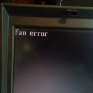 磐田市からデータ救出依頼 「Fan error」のIBM Thinkpad G41 Type 2881