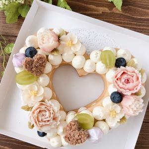 優しいお色の可愛いお花のケーキができました♡