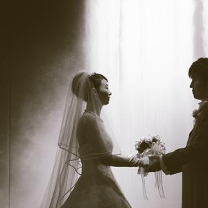 """""""彼女に「結婚式はしたいけど入籍はしたくない」と言われた"""""""