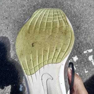 【私なりの考察 600kmでこの靴底の謎】 No.5845