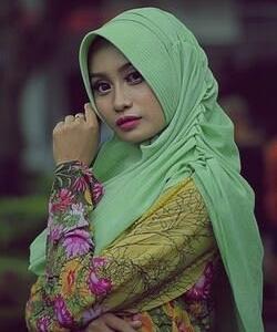 女性のスカーフ(チョットグラム)
