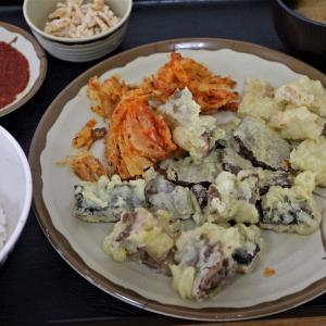 みなと食堂 草津市場 ホルモン天ぷら定食 と 弁当