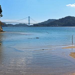 安芸灘大橋 を 望む