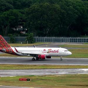 インドネシアとマレーシアのバティック~ シンガポール遠征 Day 2 @ Crowne Plaza Changi Airport