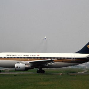 Singapore Airlines の B747 ② & A310