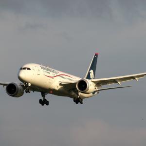 メキシコシティから Aeroméxico
