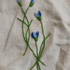 青い花の刺繍☆Cornflower