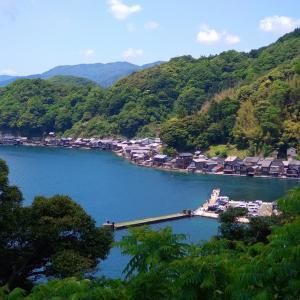 伊根の舟屋  海上タクシー亀島丸