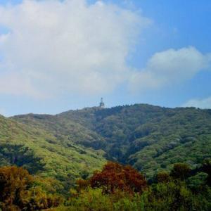 筑波山のすぐ近く、人気の宝篋山へ登ってみる