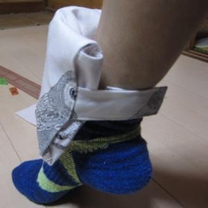 砂袋で足運動