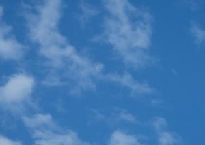 2020年6月 月齢20.1 雲から抜け出た更待月