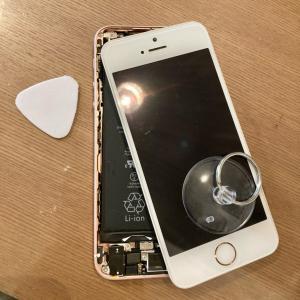 iPhone SE 電池交換