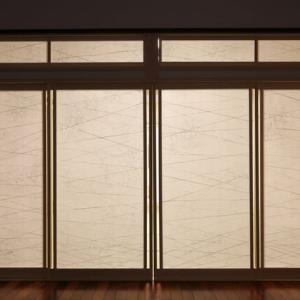 空間を仕切る壁や扉の計画性・・・LDKの空間(リビングルーム・ダイニングルーム・キッチン)台所を仕切る可動(動く壁)に彩のデザイン設計を施すように間取りだけではない暮らしの質感を。