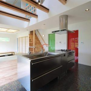 家の間取りと暮らし方、注文住宅を考えるデザイン設計の付加価値、例えばリビング階段のメリットデメリットをきちんと考える時間、体感する時間の有無の結果も手間の違い。