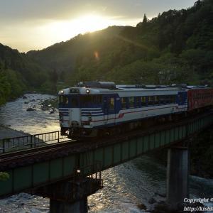 日没間近の大白川