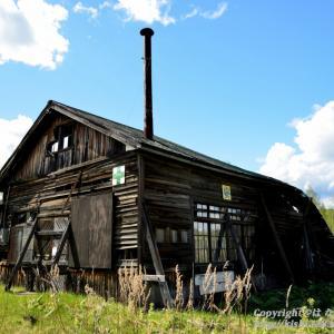 林鉄の木造車庫