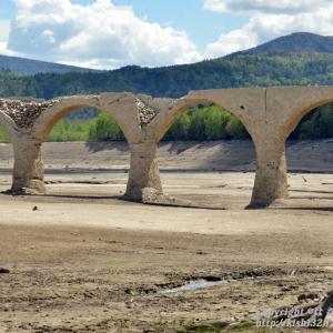 劣化が進むタウシュベツ川橋梁 今年が見納め?