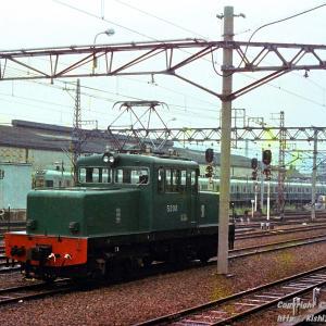 南海ED5201形 凸型電気機関車