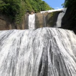 観光客が戻らないらしい…@袋田の滝