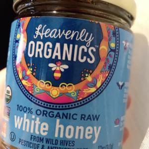 熱処理しない蜂蜜…これ、喉に良い。 ボイトレ教室でもご紹介♪