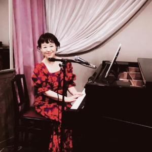 長浜奈津子ギター&ピアノ弾き語りライブ  月夜の仔猫 2021.7.26(月)
