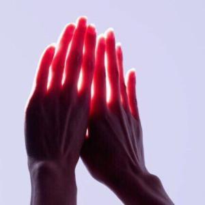 手湿疹の原因とケアのポイント