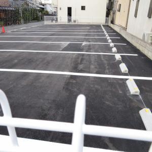 どう使う?、この駐車場。