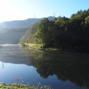 10月10日朝もやの加和志湖