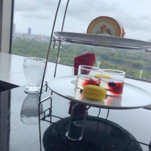 ホテルニューオータニ大阪の最上階で大阪城を見ながらアフタヌーンティ