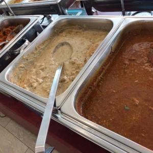 インド料理の食べ放題「ニルワナム」でランチ