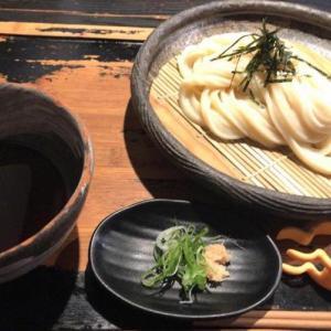 人気の山元麺蔵へ