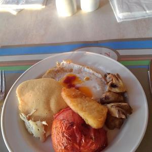 キプロス紀行 ~ ホテル・ポセイドニア・ビーチの朝食。