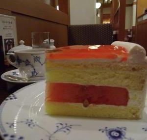 椿屋茶房の「 スイカのショートケーキ 」。