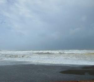 台風の影響で