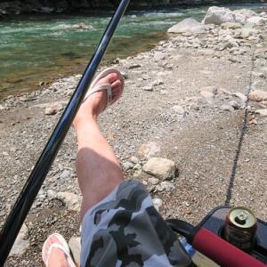 神流川で避暑釣り