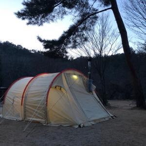 女子キャンプ:薪ストーブは引きこもりになる。自然の森ファミリーオートキャンプ場